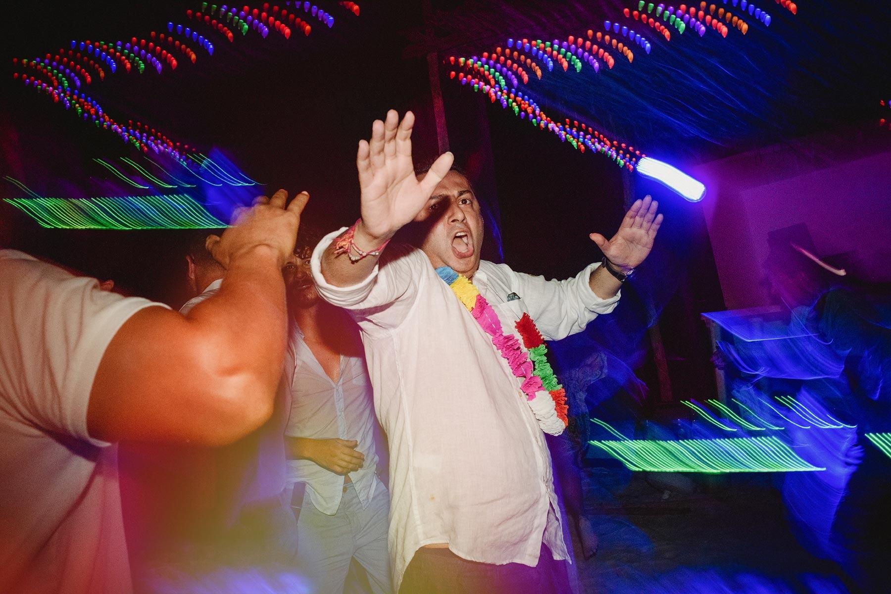 dancing in holbox wedding