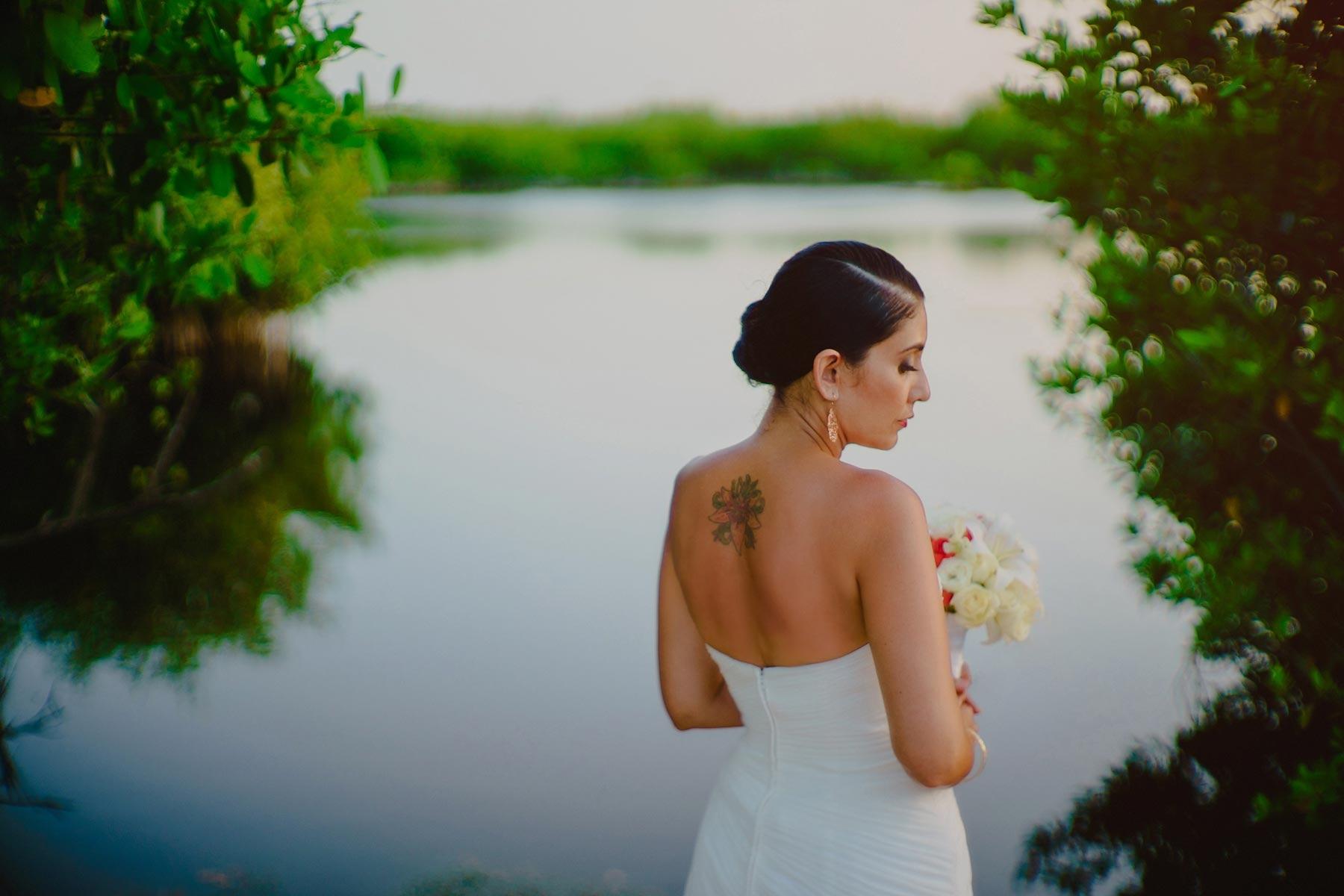 bride in riviera maya