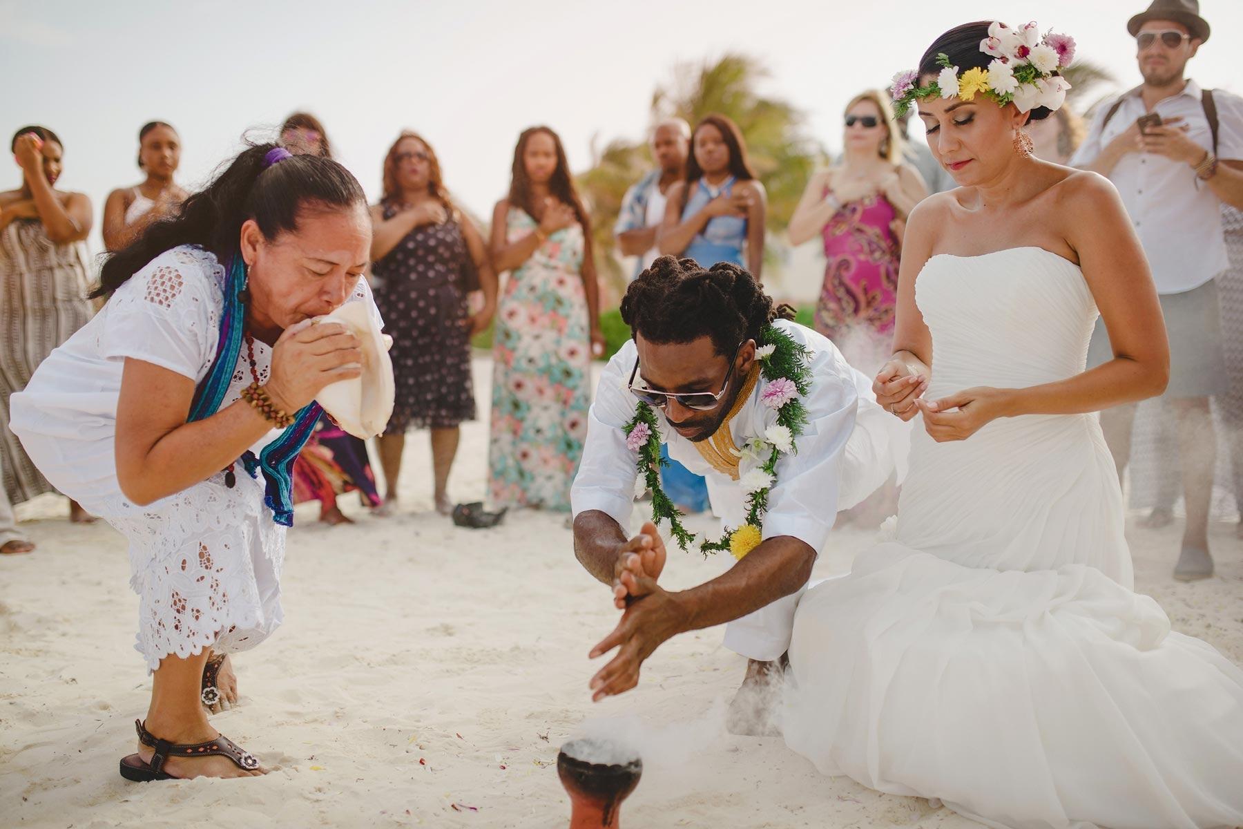Mayan wedding in riviera maya louise karina for Riviera maya wedding photographer