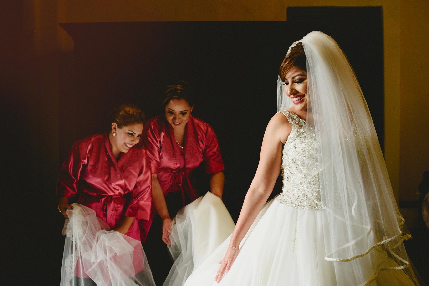 bride getting ready puebla