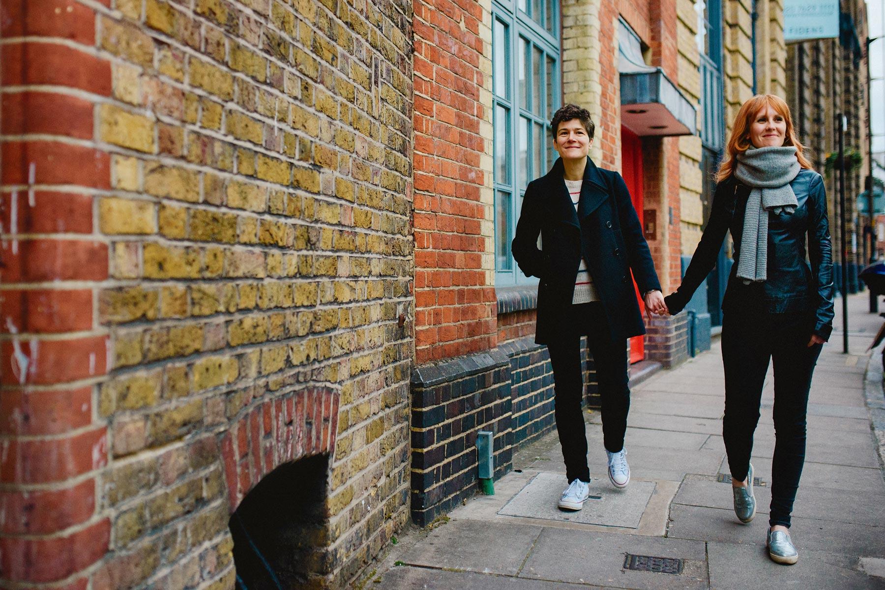 couple in london street